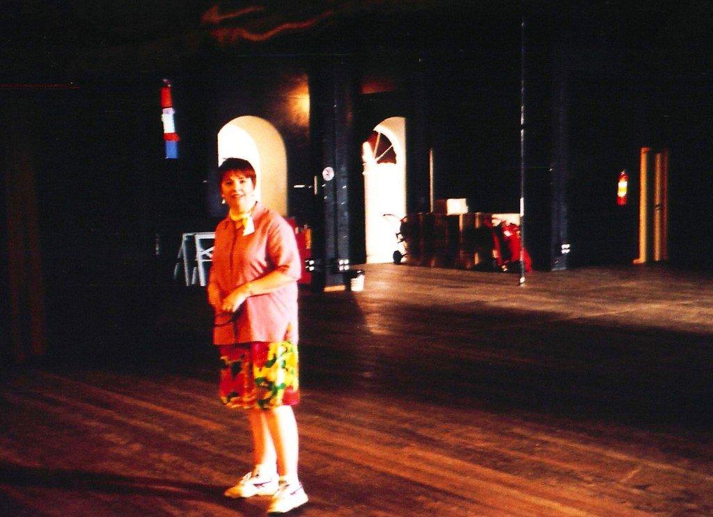 Hatstand Opera soprano Toni Nunn on stage at the Teatro Amazonas, Manaus.